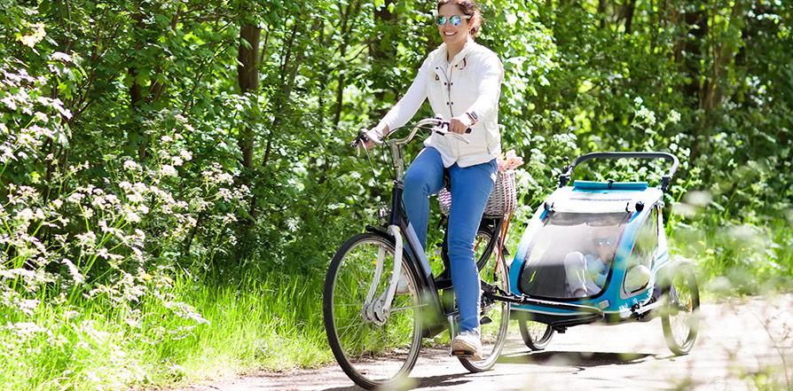 Varför en cykelvagn är ett måste för din familj